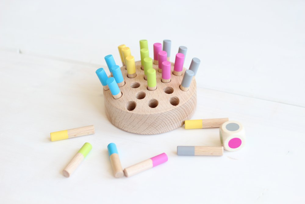 Mamiee Wooden game Find the Color